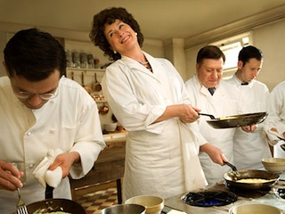 Post image for In Which I Confess to Being the Last Food Blogger in the U.S. to See Julie and Julia